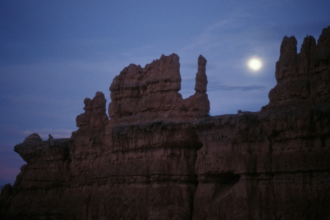 Bryce Canyon moonrise